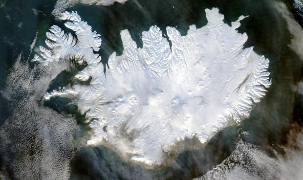 Photo Credit: http://en.wikipedia.org/wiki/Iceland